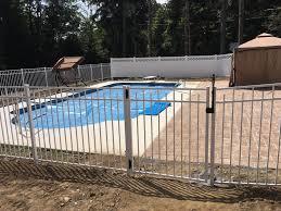 White Aluminum And Vinyl Pool Fence Mt Pocono Fence Facebook