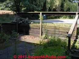 Retaining Wall Guardrails Requirements For Guardrailings Along Retaining Walls Photos Codes Hazards
