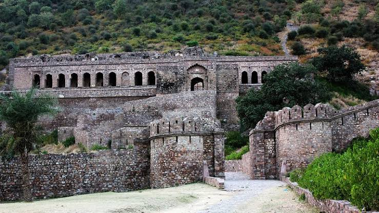 Image result for Bhangarh Fort""
