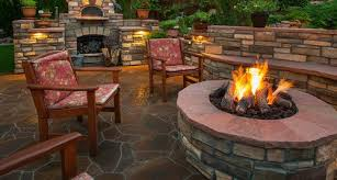 wood vs gas fire pit pros cons