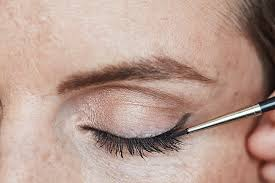 how to do a simple cat eye canadian