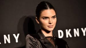 kendall jenner goes blonde for the