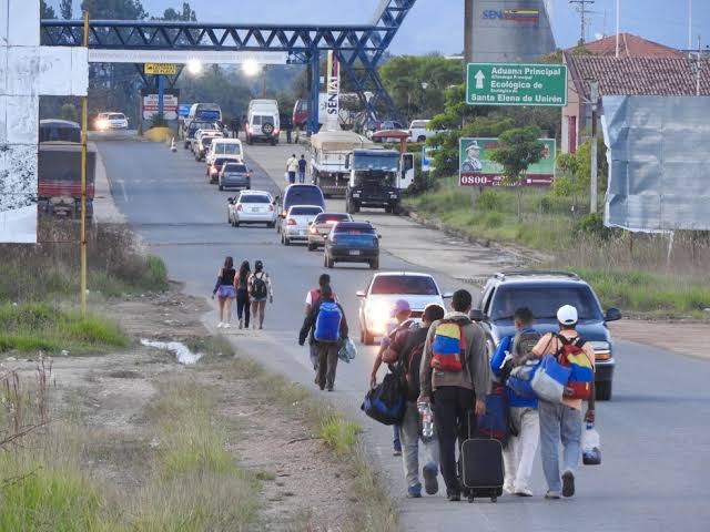 """Resultado de imagem para imigração brasil atual"""""""