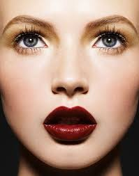 eye makeup tips to go with red lipstick