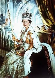 Pin by Hilary Peterson on Queen | Queen elizabeth, Queen elizabeth ii, Her  majesty the queen