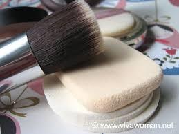 makeup sponge or brush for mineral