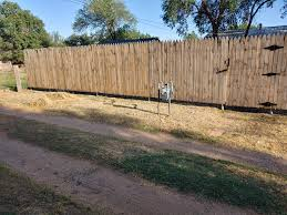 They Way My Neighbors Fence Has About An 8 Inch Gap At The Bottom Why Mildyinfuriating