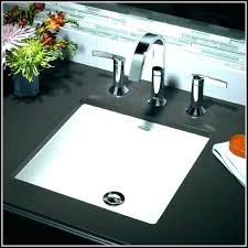 bathroom sink faucet dripping verso