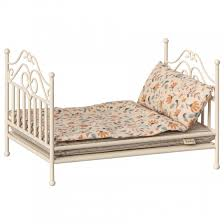maileg vintage bed cream house of