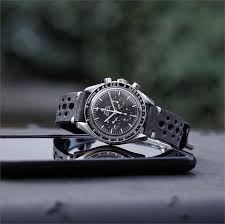 black classic vintage racing watch