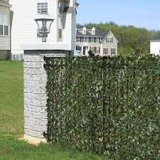 Expandable Faux Privacy Fence Heterodynespace