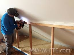 door knee wall ana white