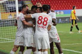 Süper Lig: Göztepe: 3 - Sivasspor: 1 (Maç sonucu) - İzmir Haberleri