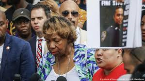 Eric Garner: New York police officer fired over chokehold death ...