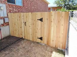 Build A Wooden Fence And Gate 14 Steps With Pictures Instructables