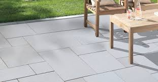 the pros and cons of paver patios that