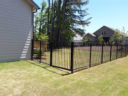 5ft Black Aluminum Job Looks Can Be Deceiving The Ground Was Awful Out Here Fence