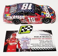 Kyle Busch 2018 Chicago Win Raced Version Red White Blue Skittles 1 24 Action Collector Series