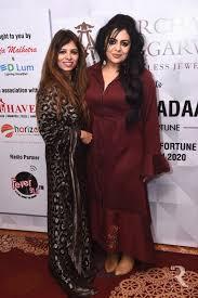 Pooja Malhotra and Esha Nichani (3)   RITZ