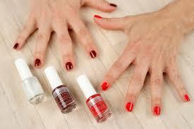 breathable anti fungal nail polishes