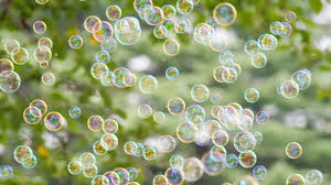 6 Awesome Games for a Bubble Themed Party