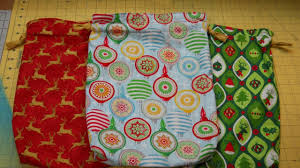 how to sew a holiday gift bag you
