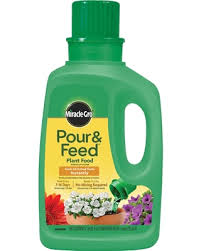 Hot Sale Miracle Gro Pour Feed Liquid Plant Food 32oz Ready To Use