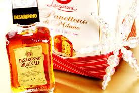 what is amaretto liqueur