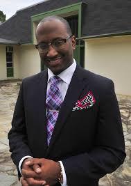 Adrian Davis mixes bright colors, sharp suits, plans attire 'from ...