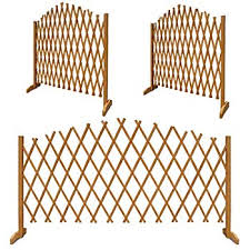 Fsc Certified Wood Lightweight And Portable Urbanessentials Freestanding Wooden Expandable Trellis Fence Expands Up To 6ft Suitable As A Garden Screen Or For Climbing Plants Decorative Fences