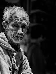 صورة رجل شايب رجال فى مرحله الشيخوخه صور حزينه