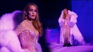 The Best of Jerry Hall - Runway Compilation - YouTube