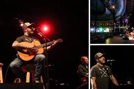 Staind's Aaron Lewis curses at crowd again in Milwaukee. This time ...