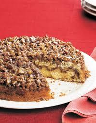 cinnamon roll coffee cake with caramel