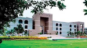 32 lawyers seek 'senior advocate' tag from Gujarat High Court