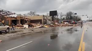 Tornado hits Jonesboro; Mall at Turtle ...
