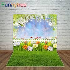 ربيع عيد الفصح خلفية خوخه لامعة النقاط الزهور المرج الأطفال خلفية