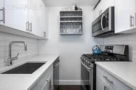 330 3rd Avenue #20L, New York, NY 10010: Sales, Floorplans, Property  Records | RealtyHop