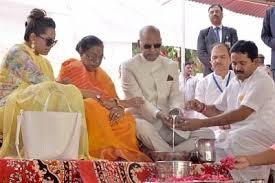President prays at Pushkar, Ajmer