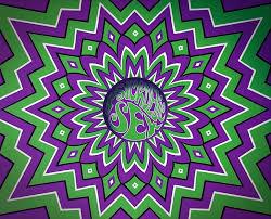 purple and white optical illusion