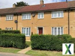 3 bedroom houses to terraced