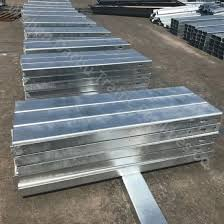 China Galvanized Road Guardrail Steel U Posts For Canada China Steel Barrier Fence