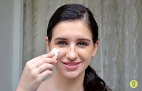 how to apply cream foundation on face