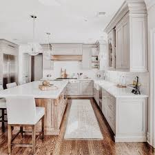 10 Tips on How to Build the Ultimate Farmhouse Kitchen Design Ideas Tags:  farmh… | Kitchen remodel plans, Small apartment kitchen remodel, Farmhouse  kitchen design