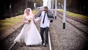 صور مضحكة لحفلات زفاف العرسان الروس لن تتمالك نف
