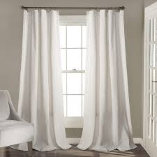 Amazon Com Lush Decor White Rosalie Window Curtains Farmhouse Rustic Style Panel Set For Living Dining Room Bedroom Pair 95 X 54 95 X 54 Home Kitchen