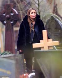 Eastenders pregnant Abi Branning attends own funeral | | Express Digest