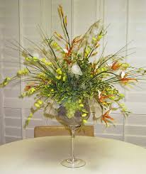 arrange flowers made of glass silk