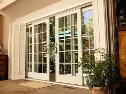 puertas francesas blancas backyard