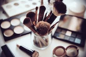 clean makeup brushes the right way